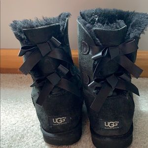 UGG Black Bailey Bow | WOMEN'S SIZE 8